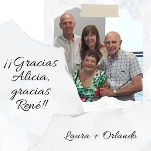 Alicia, René, Laura y Orlando juntos en una fotografía